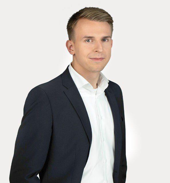Yakub Hanusch, Mitarbeiter*in bei Ritterwald
